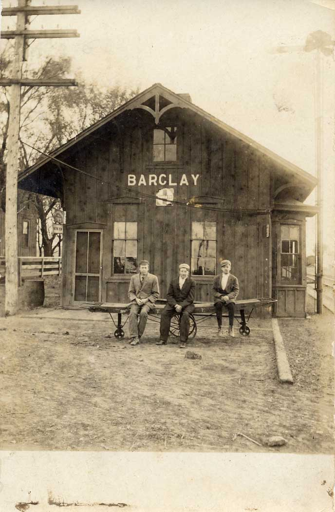 [Photo: Barclay Depot, with Floyd,